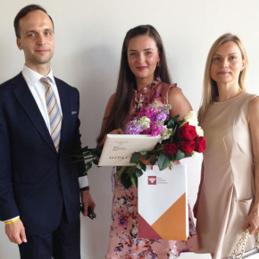 Mūsu asistente Katrīna Pētersone absolvē RJA